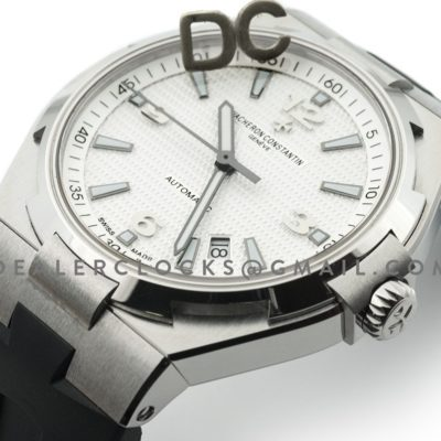 Overseas Automatic White Dial in Steel