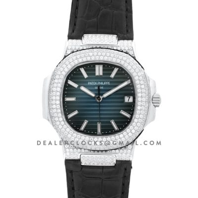 Nautilus Jumbo 5711 Blue Dial in Steel with Paved Diamonds on Strap